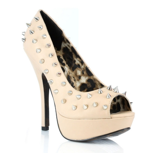 RILEY SPIKED PUMPS - NUDE-