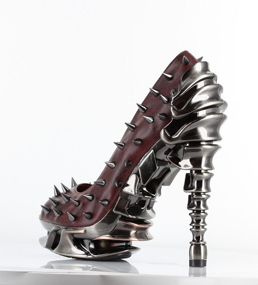 TALLON SPIKE PUMPS - BURGUNDY-