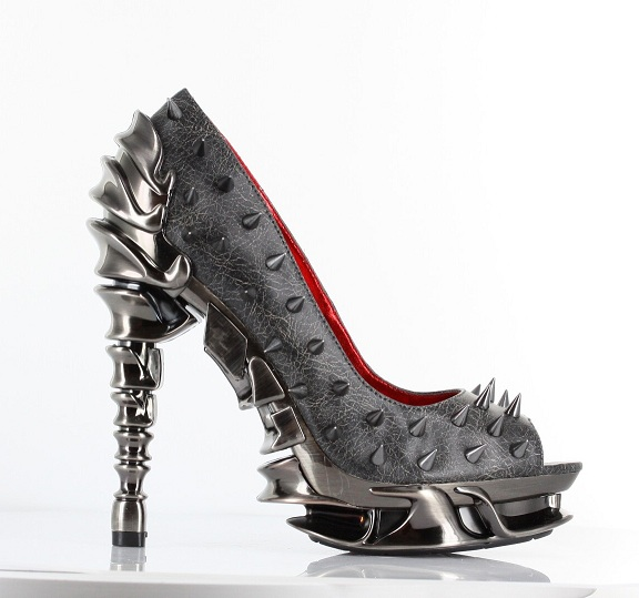 TALLON SPIKE PUMPS - PEWTER-