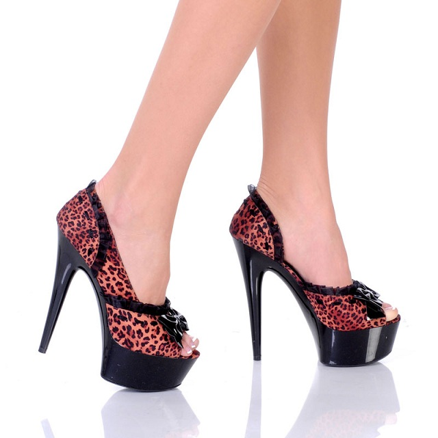 LEOPARD KITTY HEELS-